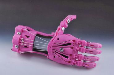 Der digitale Bauplan für die Cyborg-Beast ist auf der Plattform der Design Community Thingiverse frei erhältlich.